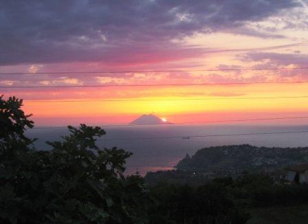 foto-tramonto stromboli